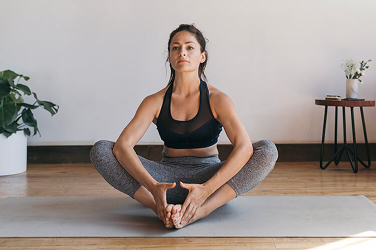 ۷ کارهایی که من از انجام یکی از آن یوگا در رسانه های اجتماعی آموختم